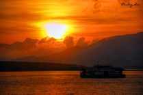 Fajar Di Selat Bali